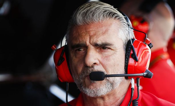 Maurizio Arrivabene kertoi olleensa päivittäin yhteydessä loukkaantuneen mekaanikon Francesco Cigarinin kanssa.