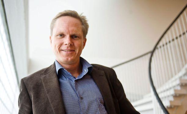 Valtiosääntöoikeuden professorin Tuomas Ojasen mukaan oikeusvaltio on voittamassa hallituksen turvapaikkapolitiikan.