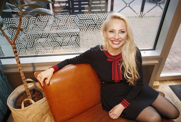 Pauliina Littorin tunnetaan taideasiantuntijana ja kirjailijana.