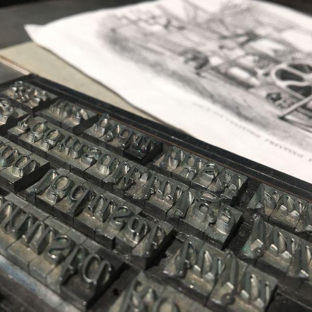 Kirjapaino- ja paperimuseossa pääsee tutustumaan niin paperin tekemiseen kuin kirjojen painamisen historiaankin.  Museo toimi ennen Aparaaditehtaan tiloissa, nyt se on muuttanut naapuriin.
