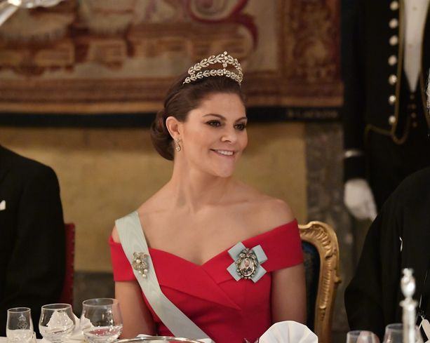 Kruununprinsessa Victorian illalliseleganssia.