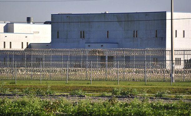 Kuumia suihkuja käytettiin Miami-Daden vankilassa yleisesti rangaistuskeinona, paljasti New Yorker.