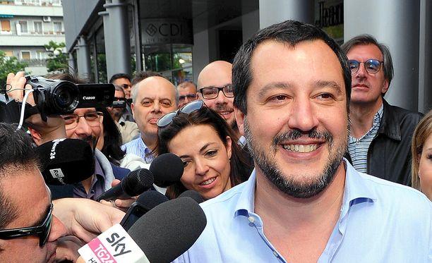 Pohjoisen liiton johtaja Matteo Salvini kertoi sunnuntaina, että pääministeristä on päästy sopuun.