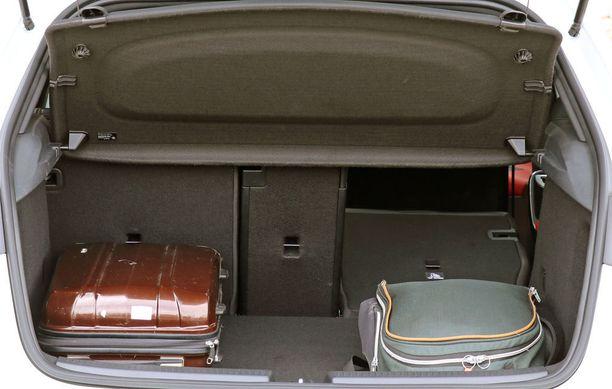 Tavaratila on venähtänyt lähes samoihin mittoihin VW Golfin kanssa.