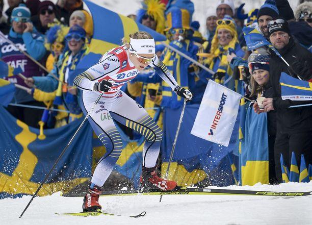 Viime vuosina suuren läjän olympia- ja MM-mitaleja kahminut Stina Nilsson nähdään jatkossa ampumahiihtoladuilla.