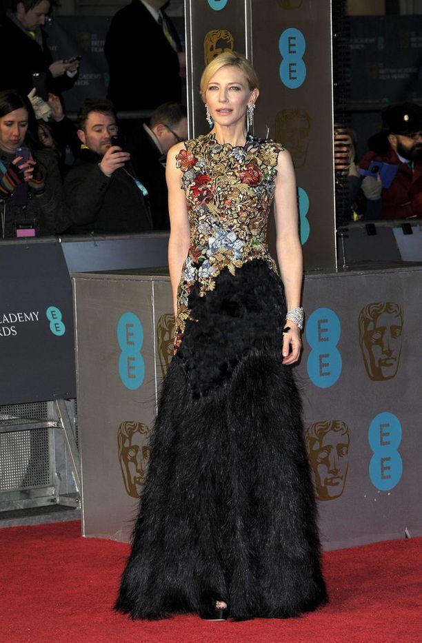 Cate Blanchett, asu Alexander McQueen
