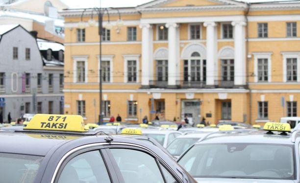 Helsingissä ajetaan vuosittain noin seitsemän miljoonaa taksikyytiä.