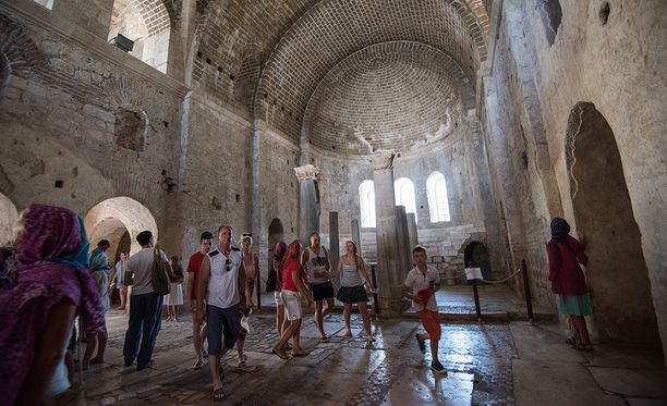 """Jos varmistuu, että """"joulupukin"""" jäännökset ovat Pyhän Nikolaoksen kirkossa Turkin Demressä, se saattaa tuoda turismiin lisää vauhtia."""