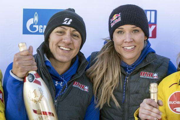Lolo Jones (oik.) entisen parinsa Elena Meyers Taylorin kanssa vuoden 2018 St. Moritzin kilpailun jälkeen.