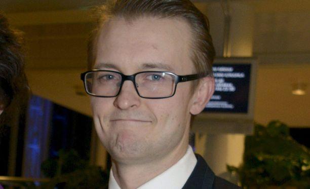 """Antti Mikkolalla on työn alla näytelmä """"En voi auttaa, sori"""". Arkistokuva."""