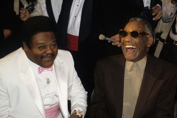 Domino (vas.) ja Ray Charles valittiin ensimmäisten joukossa Rock and Roll Hall of Fameen.