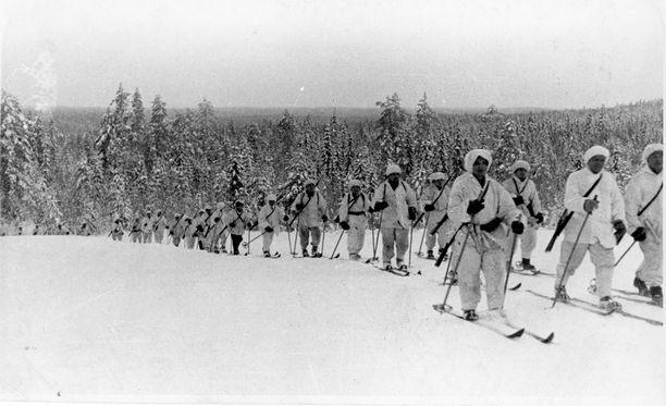 Suomalaisia sotilaita talvisodassa.