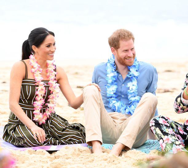 Meghan ja Harry vierailivat Australiassa käydessään rannalla.