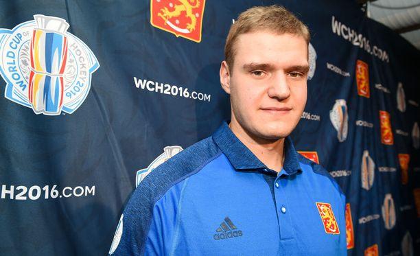 Aleksander Barkov käänsi NHL-pelinumeronsa ylösalaisin.