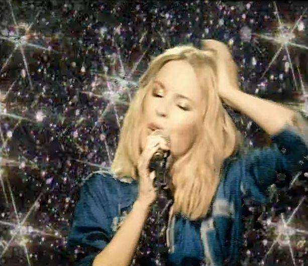 Kyliie Minogue on esiintynyt aina.