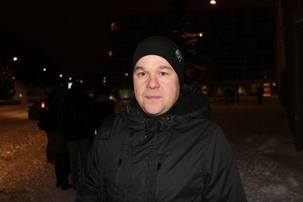 Jarmo Kemiläisen mukaan lakolla tuetaan muitakin kuin työttömiä. Hallitus tekee politiikkaa, joka eriarvoistaa Suomea, hän sanoo.
