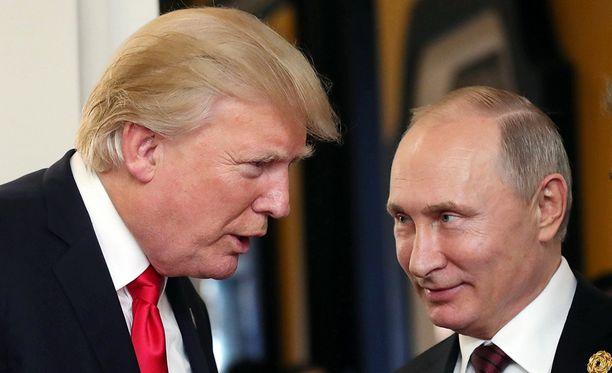 Donald Trump ja Vladimir Putin tapasivat viime vuoden marraskuussa Aasian maiden kokouksessa.