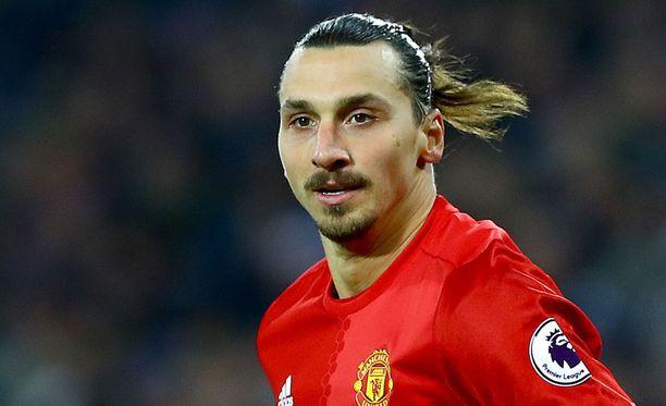 Zlatan Ibrahimovicilla on tänään mahdollisuus nousta Michael Owenin rinnalle ManU-maalien määrässä.