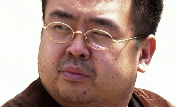 Kim Jong-nam salamurhattiin hermomyrkyllä lentokentällä Malesiassa.