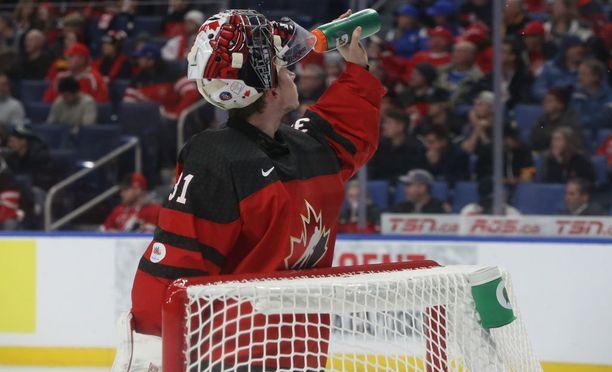 Kanadan Carter Hart luottaa taikauskoon.