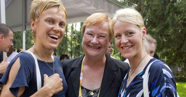 Tarja Halonen onnitteli olympiamitalisteja.