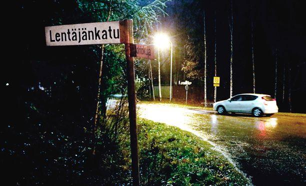Poliisi tutkii raiskauksen yritystä Pirkkalassa.