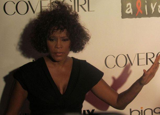 Whitney Houston kuoli vain 48-vuotiaana.