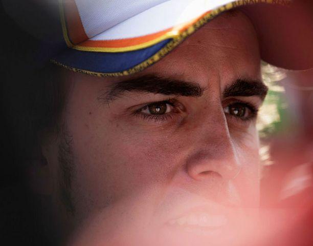 Fernando Alonson kausi ei alkanut valoisasti.