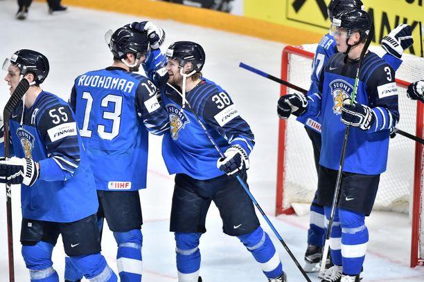 Suomi voitti Saksan lauantaina välieräottelussa.