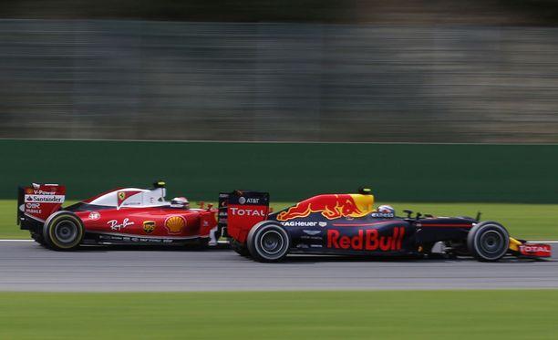 Kimi Räikkönen ja Max Verstappen käyvät taas kuumaa taistoa.