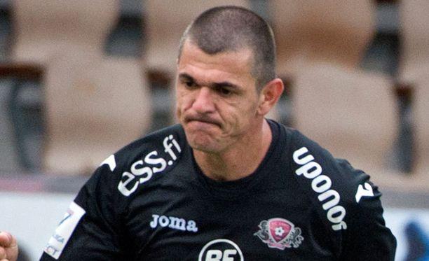 Maalihai Rafael ui syyskuun joukkueeseen.