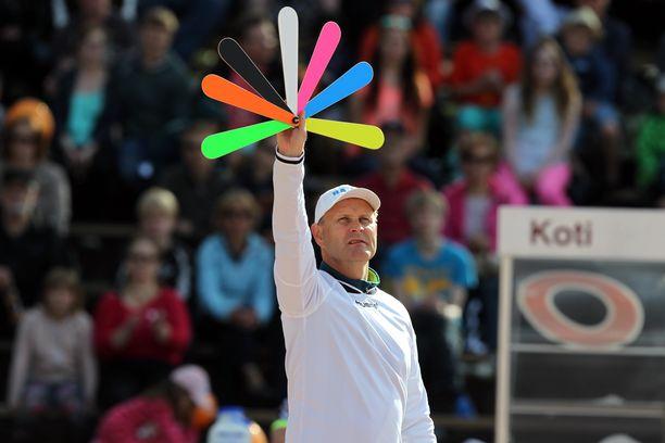 Sami Sirviö voitti pelinjohtajana Suomen mestaruuden ja kaksi pronssia.