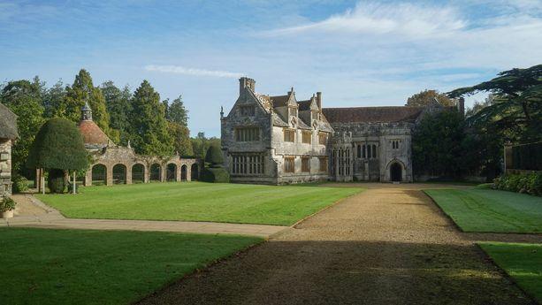 Athelhampton Hall rakennettiin 1400-luvun lopulla.