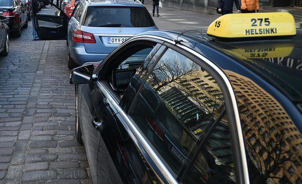 Taksi Helsingin liiketoiminta on myynnissä.
