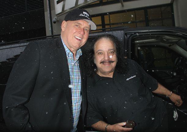 Denis Hof (vas.) ja Ron Jeremy olivat hyviä ystäviä.