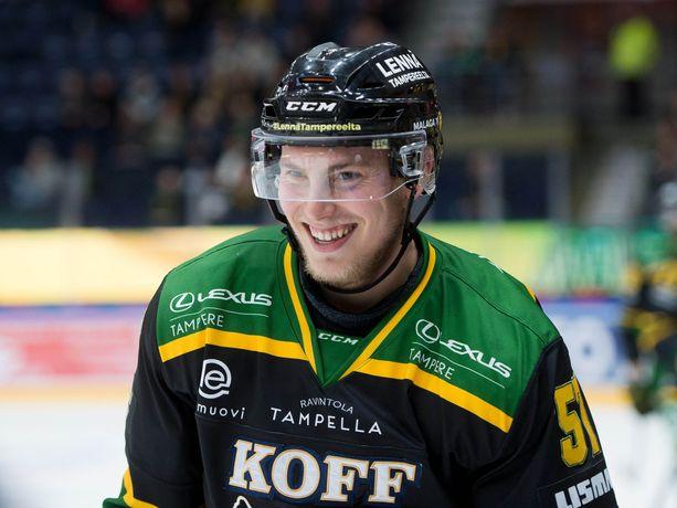 Jarkko Parikalta ja muilta Ilveksen pelaajilta oli perjantain Sport-ottelussa rystysyötöt kielletty.