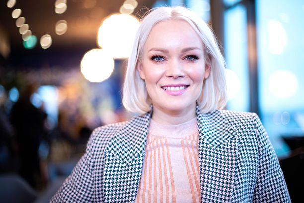 Anna Puu nähdään parhaillaan The Voice of Finlandin yhdeksännen kauden tähtivalmentajana.