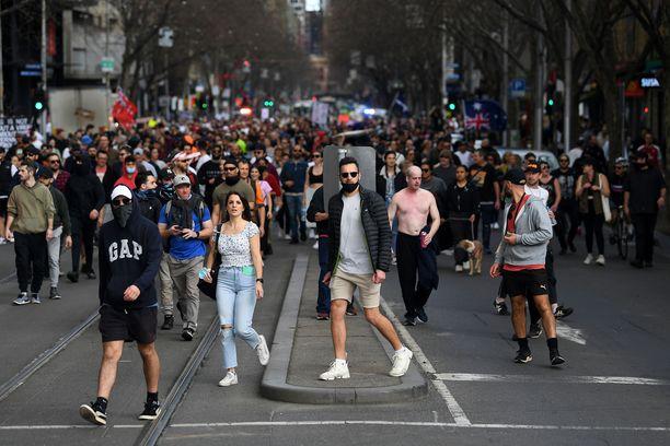 Australiassa on protestoitu tällä viikolla koronasulkujen jatkumista.