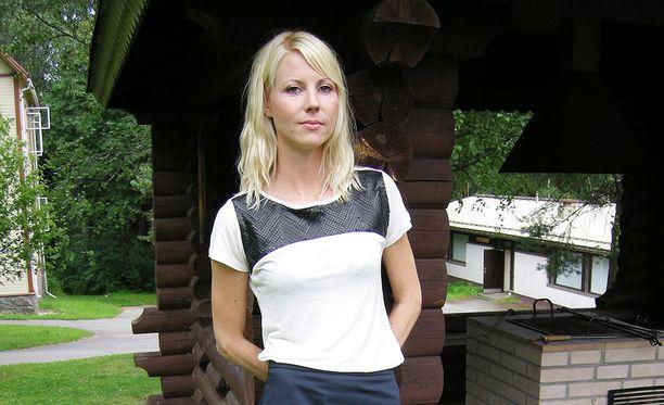 Torstaina Jessikka Aro kertoi oikeudessa siitä, miten Johan Bäckmanin toiminta on vaikuttanut hänen elämäänsä.