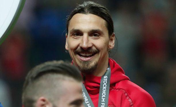 Zlatan Ibrahimovic paiskii hommia päästäkseen takaisin kentille.