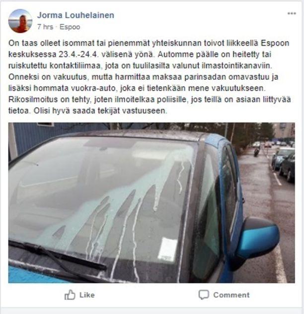 Jorma Louhelainen julkaisi Facebookissa ilmoituksen taloyhtiön parkkipaikalla tapahtuneesta ilkivallasta.