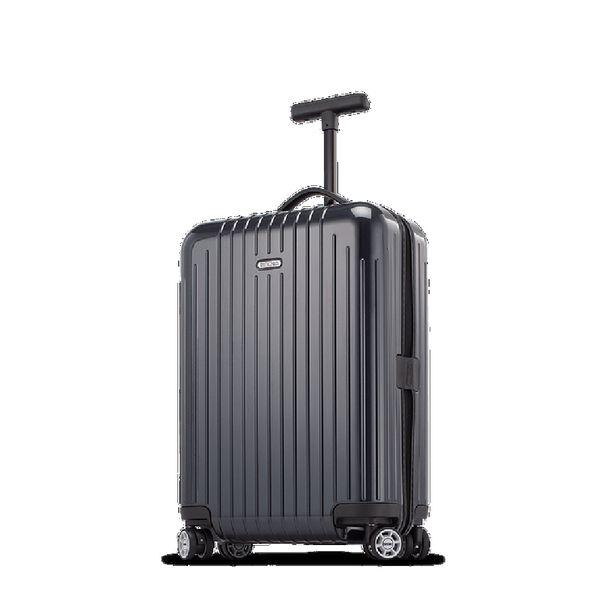 Rimowan klassiset lentolaukut ovat rikkaiden ja kuuluisien suosikkeja. Kuvan laukku kustantaa 399 euroa.