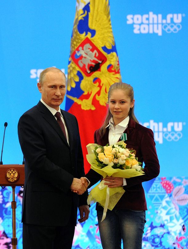 Venäjän presidentti Vladimir Putin oli mielissään Julia Lipnitskajan menestyksestä.