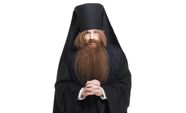 Vanhukset ovat viehättyneet Isä Nitron tempauksista.