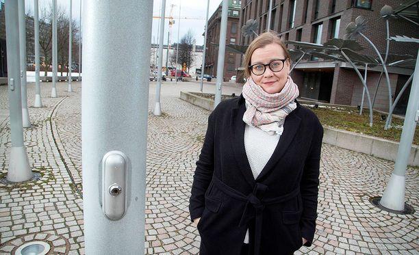Feministipuolueen puheenjohtaja Katju Aro.
