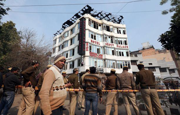 Palokunta pelasti Arpit Palacesta yli 30 ihmistä.