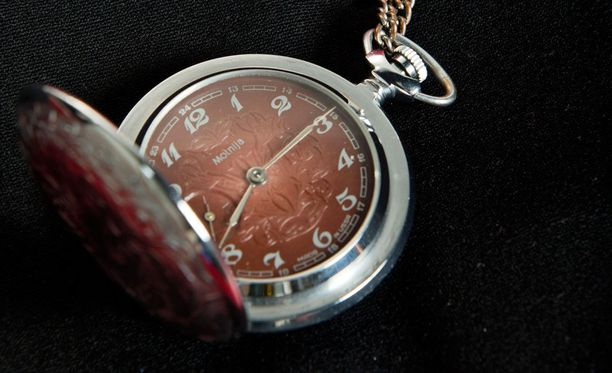 Muistithan siirtää kellosi?