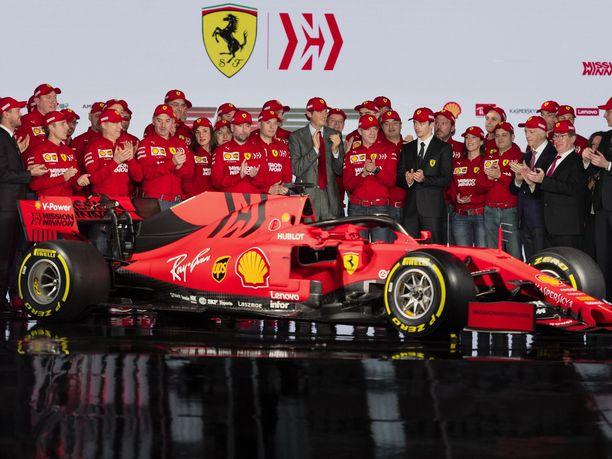 Ferrarin uudessa F1-tykissä on mattainen maalipinta.