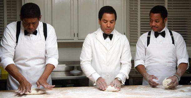 Lenny Kravitz (kesk.) ja Cuba Gooding Jr. (oik.) nähdään elokuvassa Forest Whitakerin rinnalla.