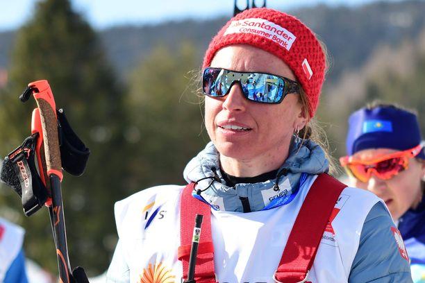 Justyna Kowalczyk palasi yllättäen MM-kisoihin - sekä valmentajan että urheilijan roolissa.